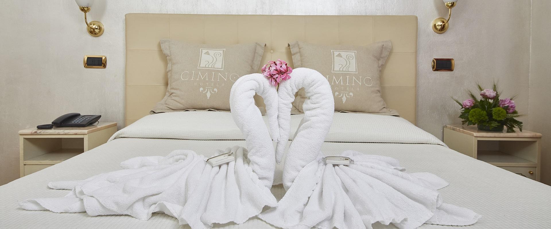 Camera matrimoniale Hotel Vienna Ostenda 4 stelle